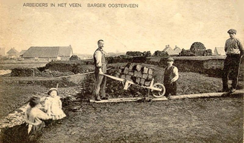 arbeiders-in-het-veen-barger-oosterveen